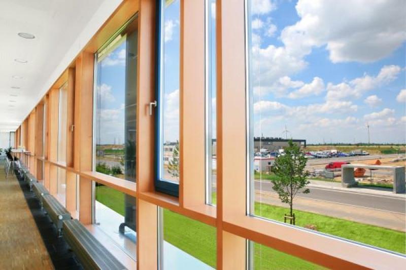 Окна пластиковые/ алюминиевые/ деревянные / двери и окна / Ч.